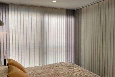 cortina vertical de lamas